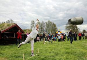 Bland damerna svingade Pia Odeving krukorna längst. Även hon en rutinerad mölkkrukekastare som vunnit förut i den spektakulära tävlingen.
