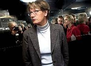 Foto:SCANPIX Pressad. Åklagare ska nu syna om Gudrun Schyman har gjort sig skyldig till skattebrott när hon gjort avdrag för resor som hon inte själv betalt.