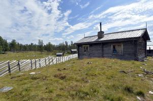 Valdalsbygget har återskapats och är sedan 1997 en levande fäbod.