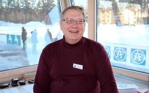 Cupgeneralen Bill Arne Andersson var med och drog igång Borlänge Bandy Cup för 28 år sedan. – Vi var i Norge med ett ungdomslag i en cupturnering men tyckte arrangemanget var så dåligt att vi ville göra det bättre själva på hemmaplan, minns han. Det var så det startade.