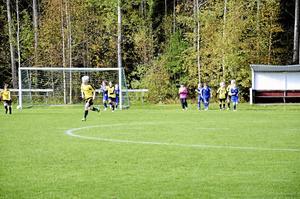 Ungdomsfotboll på Åsavallen i Mullhyttan.