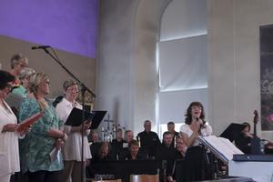 Operautbildade Katarina Arvidsson sjunger gospel som goes jazz.