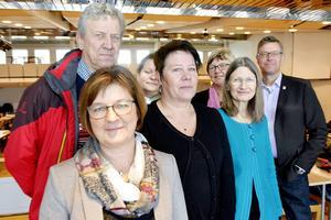 Det nya styret landstinget: Elisabet Strömqvist (S), Lars-Gunnar Hultin (V), Anna-Karin Sjölund (S), Linnea Stenklyft (S), Ewa Back (S), Eva Andersson (MP) och Erik Lövgren (S).