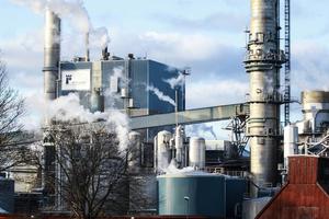 Massaproduktionen går för fullt vid Vallviks bruk.