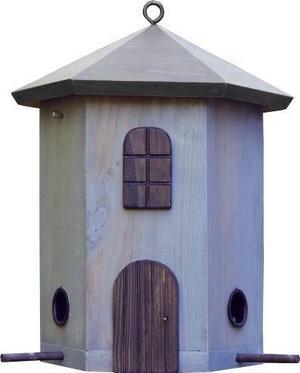 Ny för vintern är denna tornmatare som finns i många färger. 295 kronor.