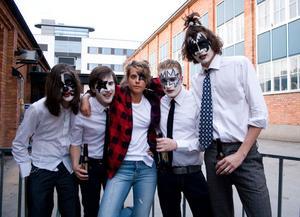 Kizzexpo. Markus, Henning, Stina. Blomman och Mikael.