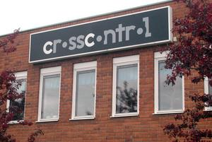 Företaget CrossControl ( tidigare CC Systems ) med huvudsaklig produktion och huvudkontor i Alfta upplever en markant vändning uppåt igen och jagar både arbetskraft och komponenter.