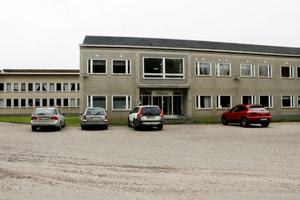 Byggnaderna där Nybetong har sin verksamhet är en tidigare Ytongfabrik i Yxhultsområdet. Sedan företaget startade har de varit hyresgäster, men i början av året köpte de loss anläggningen.