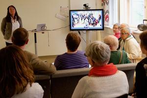 Fjällhälsan i Hede och hälsocentralen i Funäsdalen pratade med varandra via skärm under invigningen av de tre nya akutrummen på hälsocentralerna i Härjedalen.