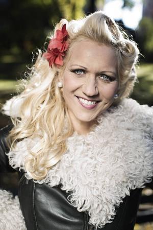 Gunhild Carling, som nyss spelade i länet sommarpratar onsdag 13 augusti.