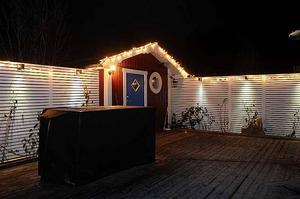 ...Men med hjälp av fin belysning så är julstämningen ändå påtaglig hemma nu i december.