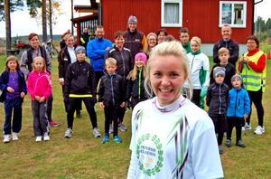 Linnéa Forsén är en bra förebild –för den grupp skidåkare och motionärer som hon tränar och för många andra människor.