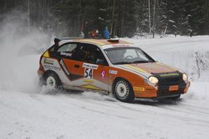 Fullt ös när Tobias Söderqvist från Årsunda gasade på i Östersund.