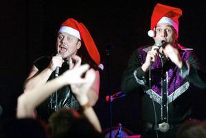 Jan Fransisco och Elvis Koskinen i Lars Vegas Trio. Trion har tio spelningar på kasinot i Sundsvall framför sig.