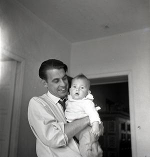 PAPPA ÄVENTYR. Rolf Blomberg tillsammans med sonen Anders.