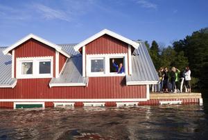 Rött svartbygge. Ooops hotell vid invigningen för ett par veckor sedan.foto: anders forngren/arkiv