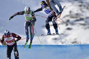 Viktor Andersson missade kvartsfinalen efter att flugit för långt i ledning och blev sedan passerad och även hindrad.