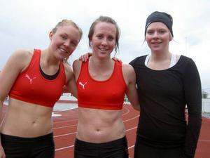 JEM-satsande Emilia Granqvist gjorde överraskande årsdebut på Poängjakten i Östersund. ÖGIF-löparen vann 100-metersloppet i F 19 på 12.66. Granqvist i mitten, med Desiree Lingsell till vänster och Anna Nymo till höger.