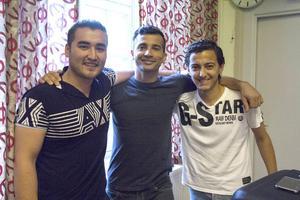 Abdullah Sharifi och Aho Miro tillsammans med författaren.