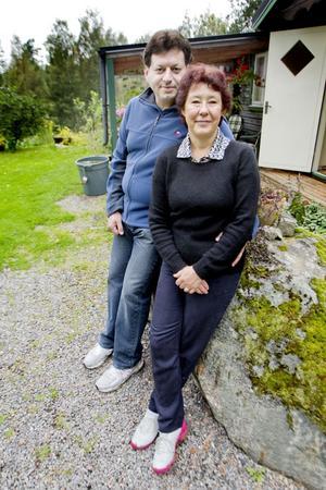Gertrud Edström och Flavio Mancini håller föredrag för professionella kockar, amatörer och odlare om det skafferi vi har i vår natur.