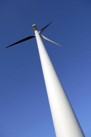 Kampen om vindkraftens vara eller icke vara fortsätter.