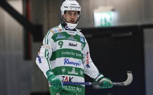 Boltic-produkten Jonas Nilsson kom till VSK inför säsongen 2008/2009. Slutade i våras efter att ha gjort nio säsonger, 270 matcher och 314 mål för Mesta mästarna.