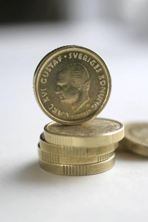 Ta från de rika och ge till de fattiga.