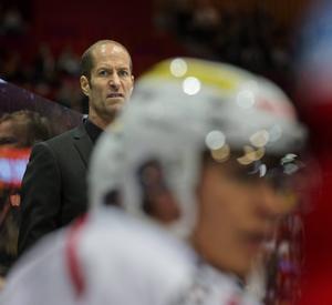 Anders Forsberg siktar på att jobba med ishockey till hösten.