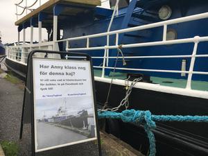 Enormt många Västeråsare har på sociala medier  uttryckt stöd för att båten ska få vara kvar vid kajen.