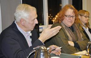 Leif Frestadius och Anne Hansen berättade om sina respektive byars gigantiska teleproblem.