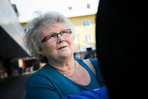 Solbritt Mellembråten möter en hel del hemlösa. Hon anser att det behövs ett så kallat lågtröskelboende i Borlänge.