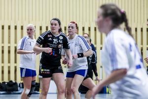 Strand Maja Allgulander och Team Stockholms Linnea Elfström.