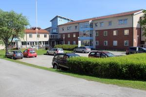 Här i Gyllengården i Edsbyn ligger kommunens korttidsboende och växelvårdsplatser, som ska ge avlastning för anhöriga som vårdar hemma.