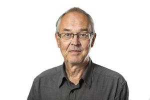– Jag har svårt att förstå kommunens agerande på annat sätt än att det är irritation över att någon har pratat med medierna. Det förefaller som att var och varannan kommunanställd kontaktar medierna frekvent, säger Nils Funcke.