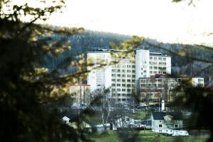Colon- och bröstcancer är två av de vanligaste cancerformerna i Sverige.