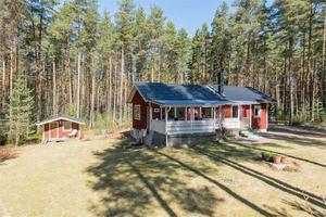 Ett fritidshus på adressen Sveden 20 i Vika, Falu kommun, är tvåa på Hemnets Klicktoppen för dalaobjekt under vecka 20.