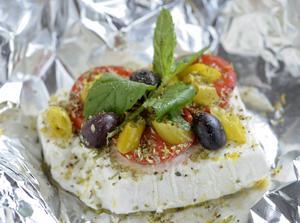 I foliepaket i ugnen blir fetan mjuk och krämig.    Foto: Leif R Jansson/TT