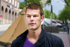 Fredrik Engvall, 22 år, arbetssökande, Östersund.– Det borde vara fler arrangemang på dagen. Kanske inte så mycket artister, men fler aktiviteter. Gärna någon idrottsturnering.