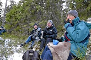 Karin Kristensson ringde vännerna Kerstin och Leif Fredriksson och bad dem följa med på söndagsvandring.