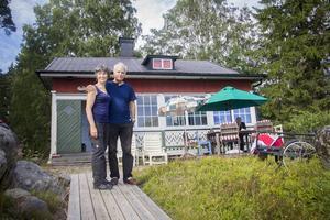 Gabrielle Roland Waldén och hennes man Joachim Waldén brukar spendera en del av sommaren i deras egna paradis.