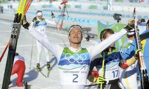 Segraren. Marcus Hellner missade ett brons härom dagen - men vann ett guld idag. Johan Olsson hade guldläge - men vann ett brons idag. Vilken dag! FOTO: SCANPIX