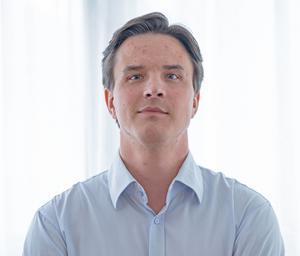 En stor del av upphandlingarna för Landstinget Dalarna handlar om hyrläkare. Joel Valtanen är upphandlingschef och håller i avtalen med de olika bemanningsföretagen.