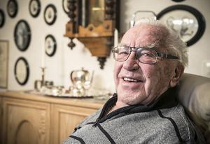 Sigge Eriksson gick med i föreningen i början på 50-talet, ett par år innan han blev världsmästare på skridskor. Han är fortfarande med och gymnastiserar,  men inte lika ofta som förut.