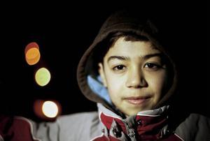 Barn behöver vara ut i snön och leka, skratta och känna glädje. Det gör även Rabih Abu Rashed, som börjar bli en duktig skidåkare.
