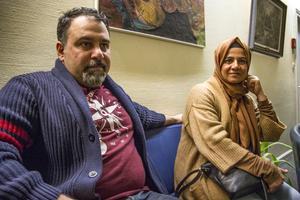 Nihad Esmat och Lika Hassan kom till mötet för att få veta mer.