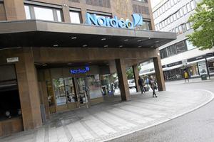 Inga snabba cash. Allt färre banker vill hantera kontanter över disk  – snart inte heller Nordea i Västerås centrum. Foto: Staffan Bjerstedt