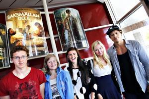 Viktor Lundberg, Jennifer Törnhult, Wilma Lundberg, Isabelle Törnhult och Michael Te Miha var på plats för att bevittna den spännande upplösningen av Harry Potters öde.