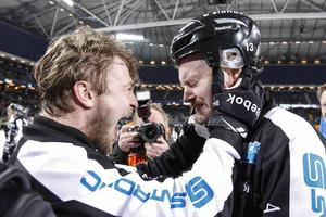 Guldjubel 2014. Edlund och Magnus Muhrén. En final som självklart finns på Stisse Åbergs topplista.