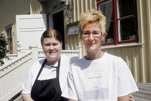 Fr.v Carola Ström Persson, Älgered, och Claudia Termond, är först ut som anställda på expanderande Rike Pers.