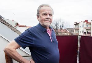 Jan-Olof Andersson kände Lars Carlander sedan början av 2000-talet.